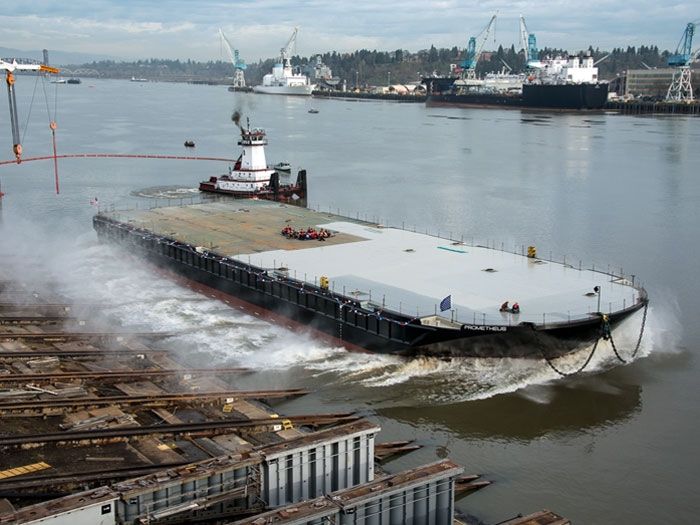 Gunderson Marine launches heavy lift cargo deck barge