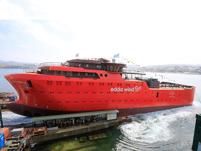 CSOV launches from Gondan Shipyard