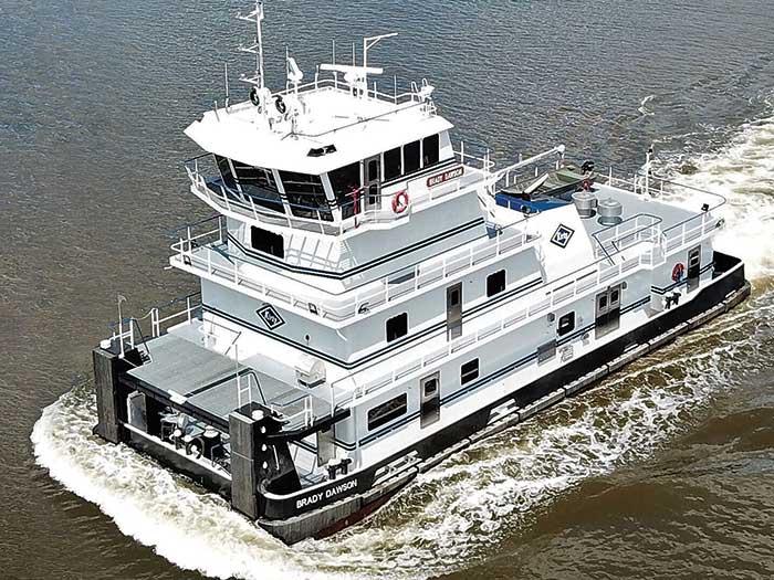 Pusg boat under way