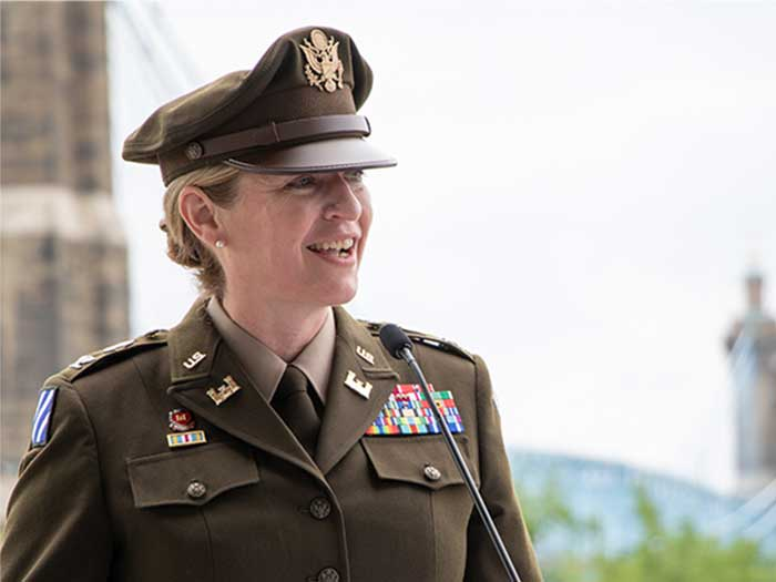 Col. Kim A. Peeples took command of the Great Lakes and Ohio River Division during a recent ceremony in Cincinnati. [USACE photograph]