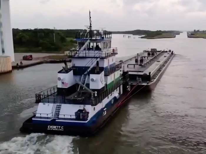 towboat with barges