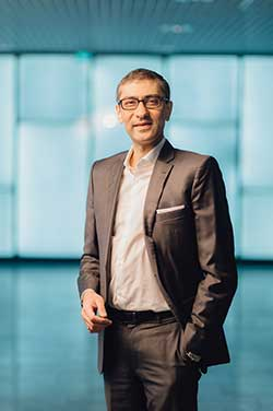 Inmarsat CEO Rajeev Suri announcing newORCHESTRA network