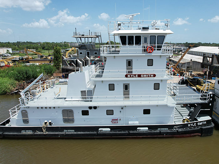 Towboat Kyle smith